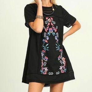 Umgee Isabelle Embroidered Dress size Medium